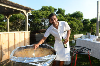 cristian gonzalez in Guest Of A Guest & Oliver Peoples Host A Paella Party In Montauk