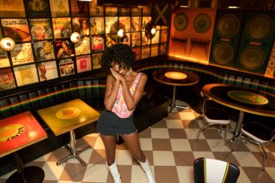 rakim ambeau in The Hottest Waitresses In NYC All Work At One Place