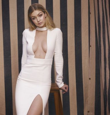 gigi hadid-3 in 57 #NoBra Moments From Our Favorite Celebrities