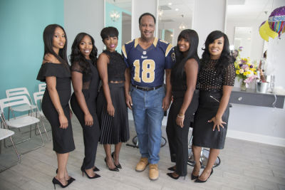 honorable mayor-butts in Just Weaves By Just Extensions Opens Up Its First Premium Weaving Installation Store In Inglewood, California