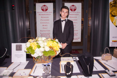 sean burs in Bow Wow Beverly Hills Presents… 'A Night in Muttley Carlo' with James Bone, the Amanda Foundation Annual Halloween Fundraiser