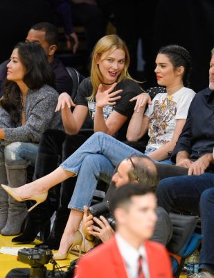 karlie kloss in Why Must Kendall Jenner Insist On Wearing Heels To Basketball Games?