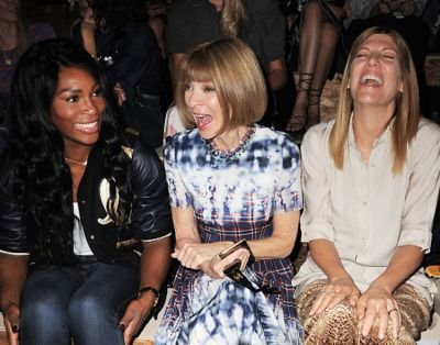 anna wintour in  25 Common American Customs That Are Offensive Abroad