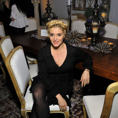 daphne oz in Inside Guest Of A Guest's Holiday Soirée At The Dining Room By Marie Callender's