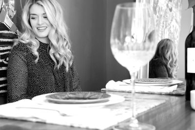 daphne oz in Setting The Holiday Table With Daphne Oz