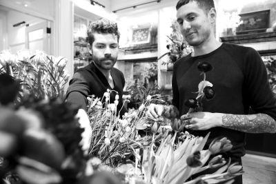 michael putnam in Holidays In Bloom: Floral Fun With Putnam & Putnam