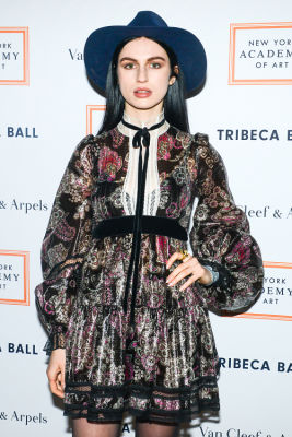 tali lennox in Brooke Shields Continues To Be Hottest Woman Ever At Last Night's Tribeca Ball