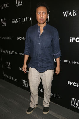 aasif mandvi in Bryan Cranston Will Ghost The Shit Out Of You