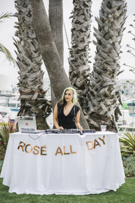 dj vonkiss in National Rosé Day With BODVÁR