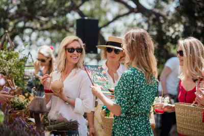 jennifer matson in Katia Francesconi of The Francesconi-Tisch Charitable Fund and Erica Pelosini host an Earth Day Picnic