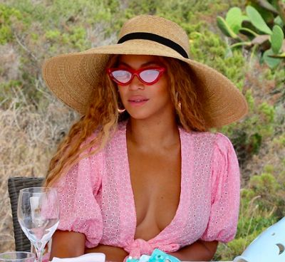 beyonce in Beyoncé Is Living Her Best Life, Celebrating Her 37th Birthday In Italy