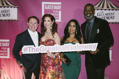 """brian mcknight in """"The Greatest Gateway"""" Gateway For Cancer Research 2018 CURES Gala presented by Richard and Stacie Stephenson Part 2"""