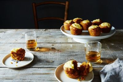 These Boozy Pumpkin Cupcakes Will Be A Friendsgiving Hit