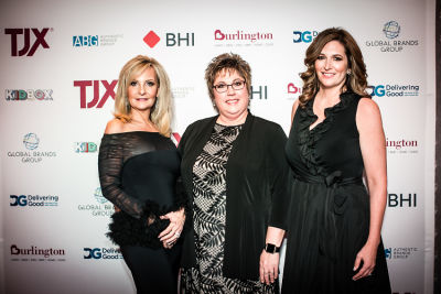 deb caniff in Delivering Good 2018 Annual Gala