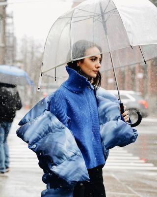 olivia perez in The Best Snowy Street Style Moments During NYFW