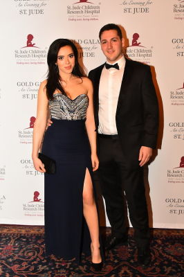 lisa hart in The Eighth Annual Gold Gala: An Evening for St. Jude