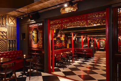 A Lavish Hong Kong Lounge Lands In The Meatpacking District