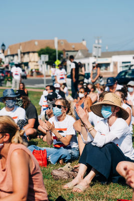 sienna miller in A-Listers Join Montauk's Love At The End March For Black Lives Matter