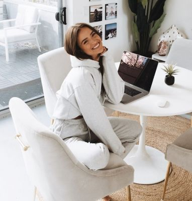 How IG Star Helen Owen Has Pivoted During The Pandemic For Her 1.6 Million Followers