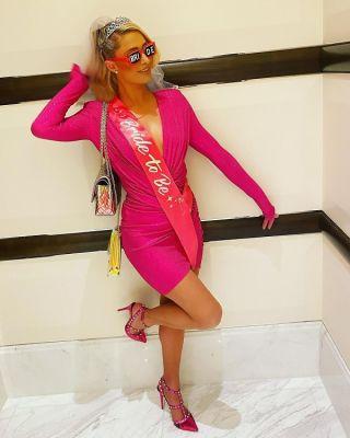 paris hilton in Paris Hilton Went All Out For Her Bachelorette Party In Vegas