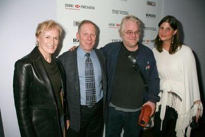 Glenn Close, Steve Mendelson, Philip Seymour Hoffman, Katrina Pavlos