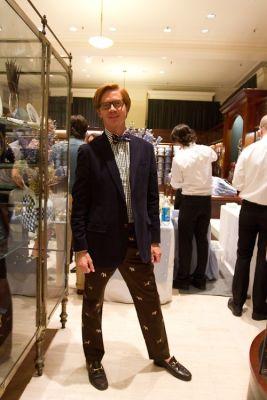 david-blotner-oversized-bowtie-dog-print-pants-blue-blazer