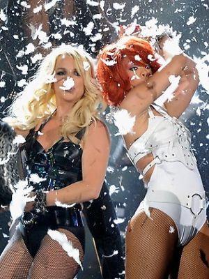 Britney Spears, Rihanna