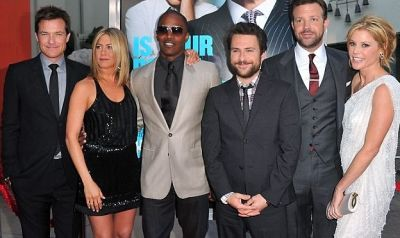 Jason Bateman, Jennifer Aniston, Jamie Foxx, Charlie Day, Jason Sudeikis, Julie Bowen