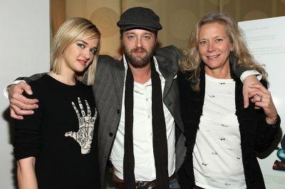 Jess Weixler, Joshua Leonard, Suzanne Blech