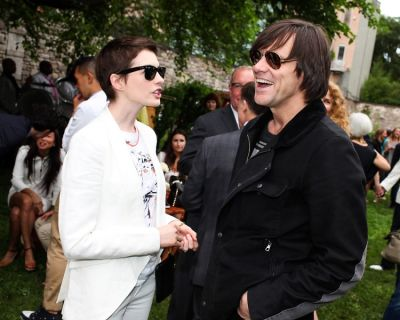 Anne Hathaway, Jim Carrey