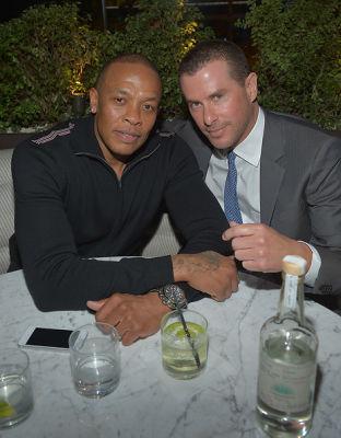Dr. Dre, Lee Maen