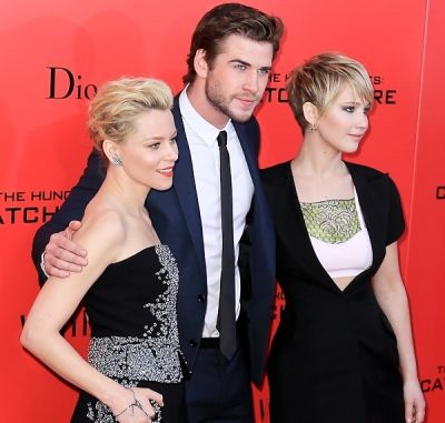 Elizabeth Banks, Liam Hemsworth, Jennifer Lawrence