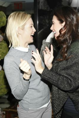 Kelly Rutherford, Lyss Stern