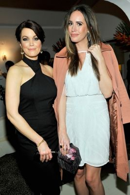 Bellamy Young, Louise Roe