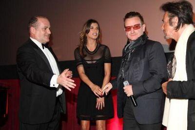 Elisabetta Canalis, Bono, Al Pacino