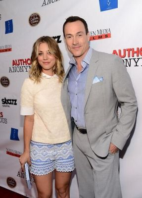 Kaley Cuoco-Sweeting, Chris Klein