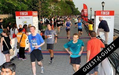 Amer. Heart Assoc. Wall Street Run and Heart Walk - gallery 3