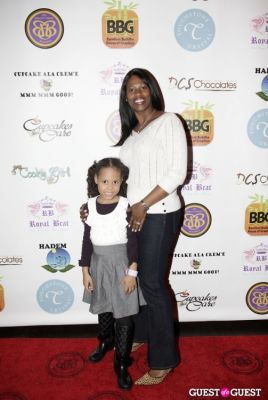 Cupcakes That Care Red Carpet Family Event