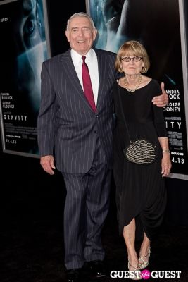 lynn yaeger in New York Movie Premiere of GRAVITY