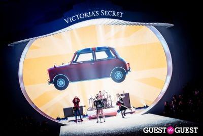 lana del-rey in Victoria's Secret Fashion Show 2013