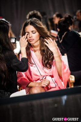 adriana lima in Victoria's Secret Fashion Show 2012 - Backstage