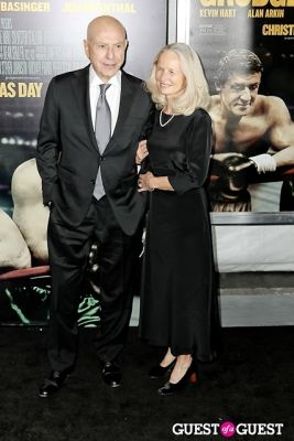 suzanne newlander in Grudge Match World Premiere