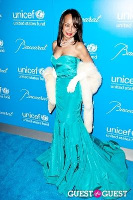 alicia bythewood in The 8th Annual UNICEF Snowflake Ball