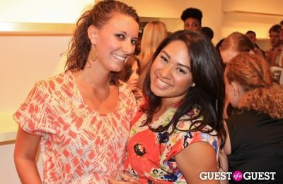amanda tomasetti in Curve Boutique and Falling Whistles Celebrate Fashion's Night Out