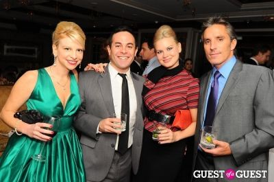 amy heller in WGIRLS NYC Hope for the Holidays - Celebrate Like Mad Men