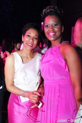 andrea roane in Newsbabes Bash For Breast Cancer