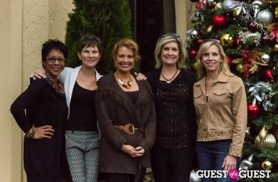 andrea roane in Glow On The Row with DC NewsBabes