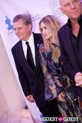 ashley olsen in AAFA 32nd Annual American Image Awards & Autism Speaks