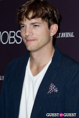 ashton kutcher in Jobs (The Movie) Premiere