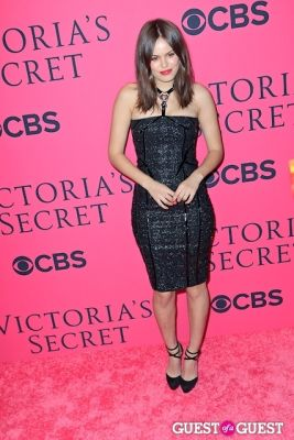atlanta de-cadenet in 2013 Victoria's Secret Fashion Pink Carpet Arrivals